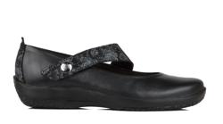 Arco6-leather-black.jpg