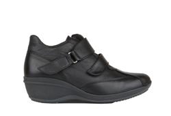 R62-Leather-Gin-Black.jpg